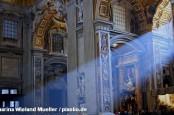 Группа заговорщиков в Ватикане стремится не допустить реформ на Святом престоле.