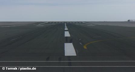 Авиакомпания Iberia, как и многие другие, сокращает сотрудников. Почему же у авиакомпаний Европы дела идут так плохо?