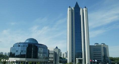 """Проверка в берлинском офисе дочерней компании АО """"Газпром"""", Gazprom Germania, продолжалась дольше, чем было запланировано следствием. Не исключено, что обыски продолжатся в ближайшие дни. Как сообщил пресс-секретарь компании Бургхард Вельки, ордер действует до тех пор, пока проверка не будет полностью закончена."""