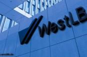 «Если переговоры о принадлежности банка между правительством Германии, руководством федеральной земли Северный Рейн-Вестфалия и Ассоциацией немецких сберегательных банков (Sparkassen) провалится, WestLB грозит ликвидация. – Сообщил сегодня информационному агентству Reuters один из участников переговоров.