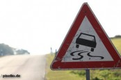 Соседи Германии угрожают подать на ФРГ в суд, если немцы введут сборы за проезд по их автодорогам зарубежных транспортных средств.